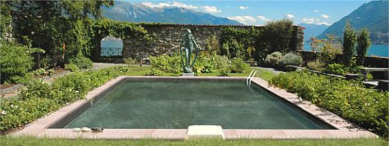 possibilit de voir une liner noir dans le 31 piscines construction. Black Bedroom Furniture Sets. Home Design Ideas